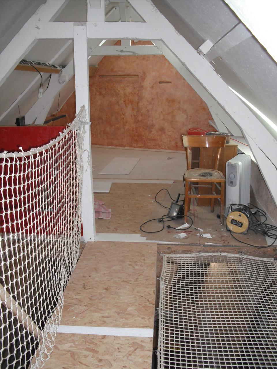 mon espace chambre janvier 2011 le haut 39 presque fini 39 galerie la r no int grale de ma. Black Bedroom Furniture Sets. Home Design Ideas