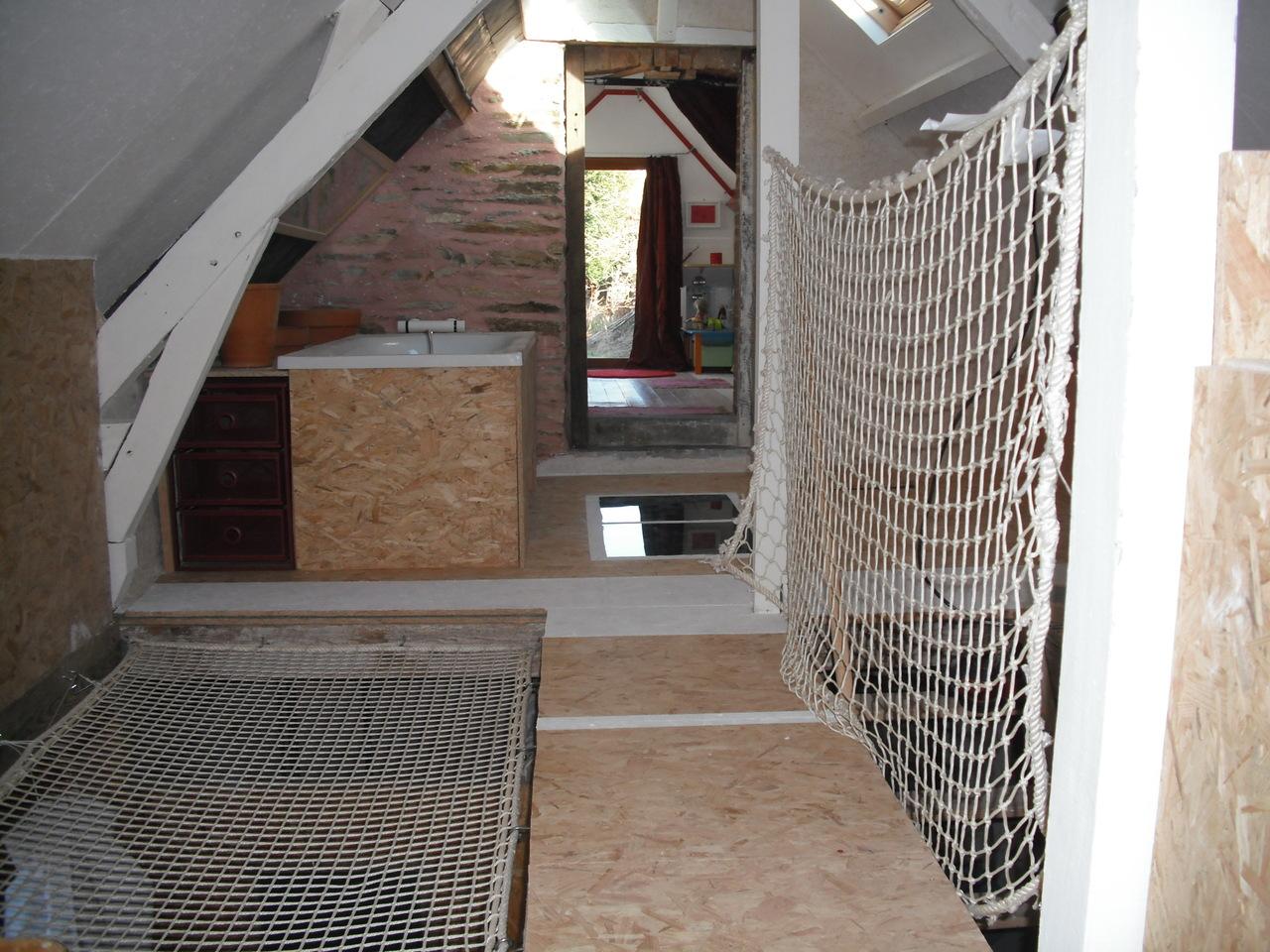 filet catamaran maison le filet vous permet de crer un espace suspendu dans votre maison. Black Bedroom Furniture Sets. Home Design Ideas